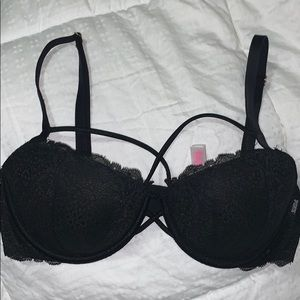 VS date push-up bra